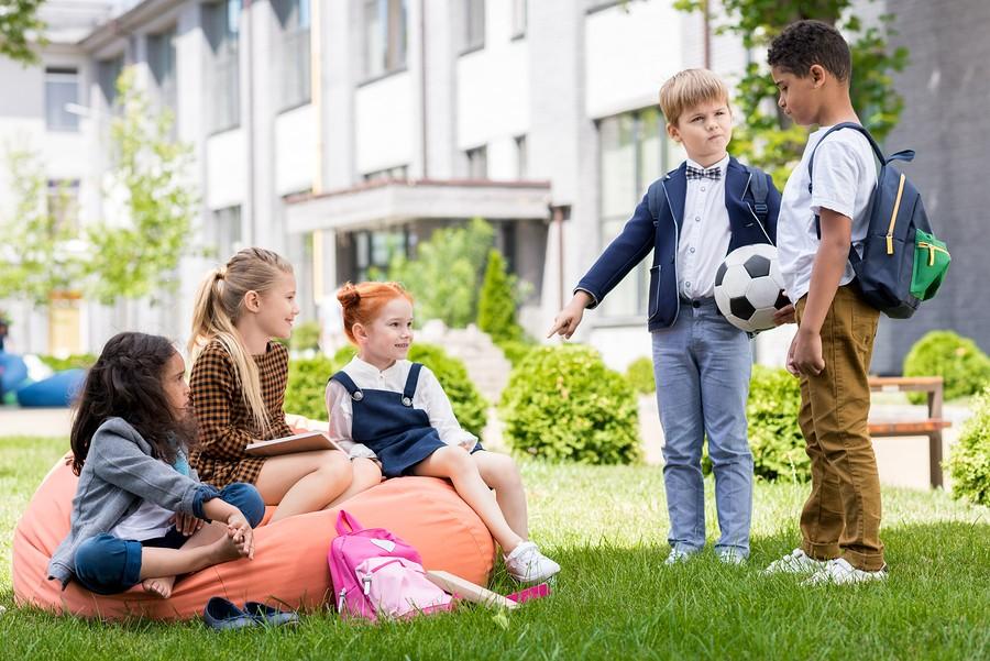 Zpříjemněte dětem školní vyučování pomocí sedacího vaku